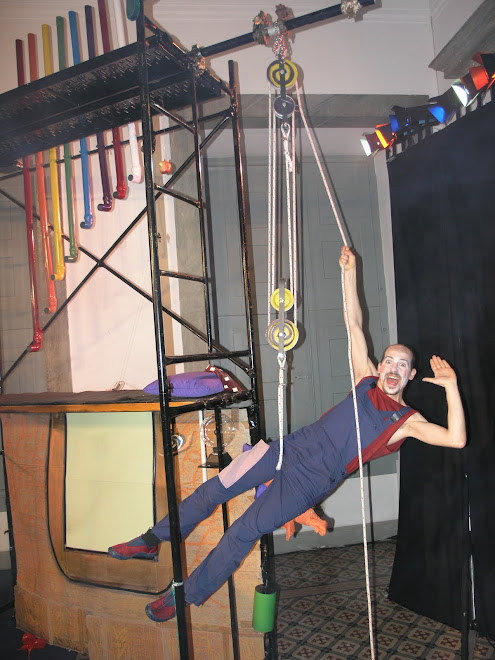 Eureka! Uma Viagem ao Mundo da Física - 2005