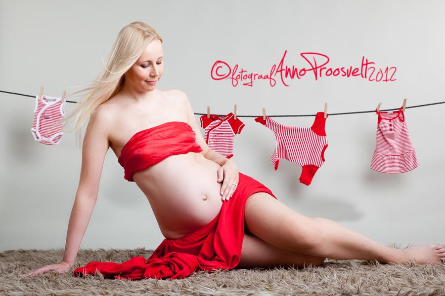beebiootus-lapseootel-naine-fotostuudios
