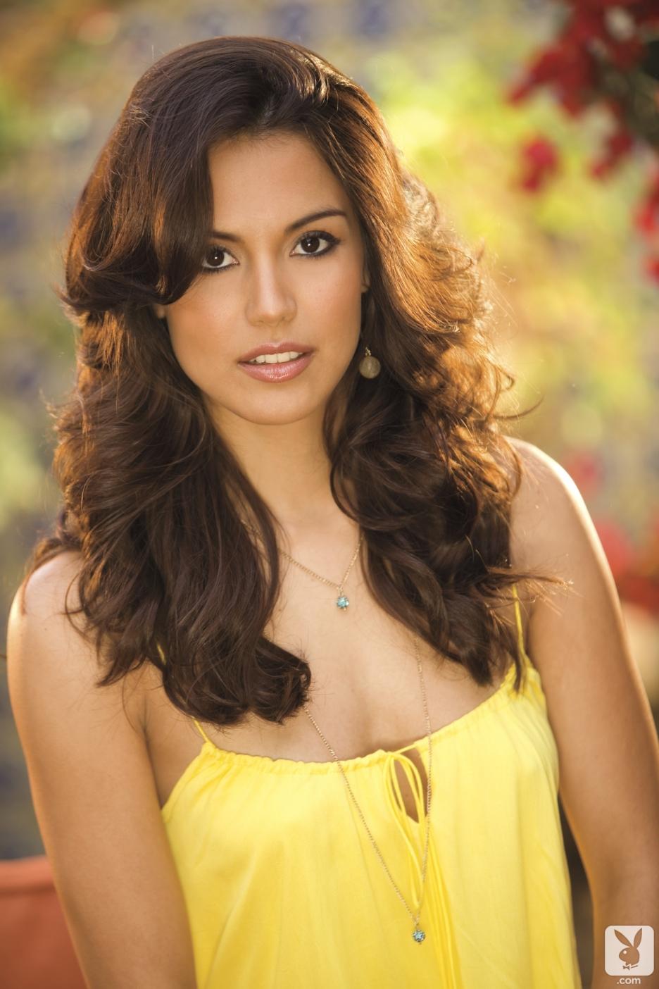 Playboy Playmate Raquel Pomplun Received a Jaguar F-Type