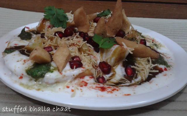 http://www.paakvidhi.com/2015/07/stuffed-bhalla-chaat.html