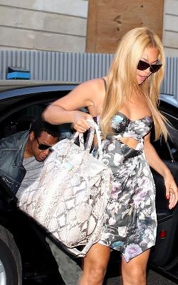 Beyonce, une fleur à Paris