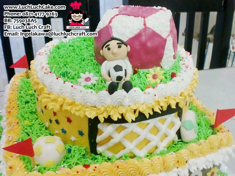 kue tart tingkat ulang tahun anak laki