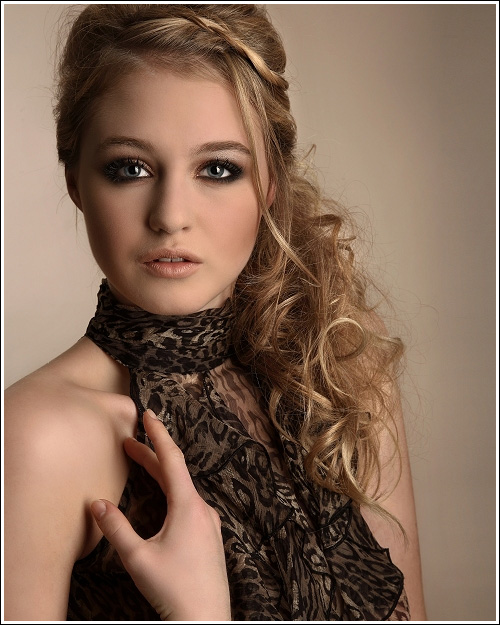 Sometimes Pieces Of Hair Pulled Back (plaited), And This Serves To Dress  And Keep The Hair Out Of The Way. Formal Long Curly Hairstyle Always Look  Trendy ...