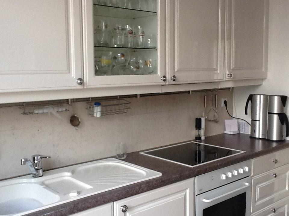 Formica Werkblad Keuken : de keuken er vorige week nog uit met een witte spoelbak, een formica