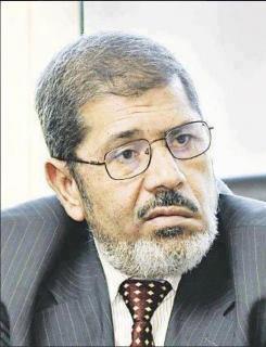 بيان لـ10 أحزاب: سنعتبر تعهدات مرسي غير جدية إذا لم تعلن تشكيلة التأسيسية منتصف الأسبوع