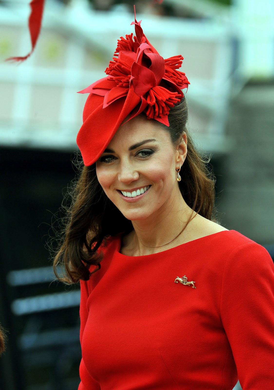 Moda E Amor Kate Middleton Dressed In Red On Diamond Jubilee
