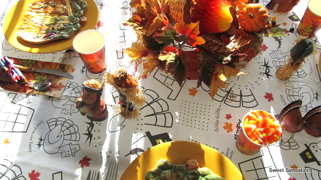 Kids' Thanksgiving table