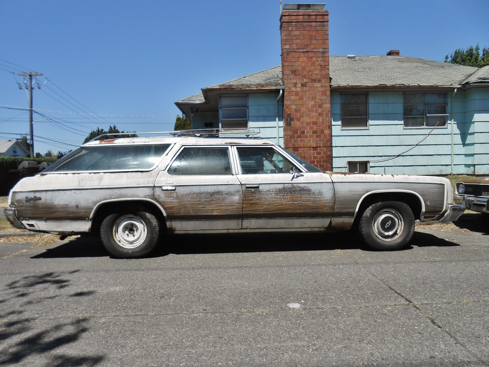 Seattles Parked Cars  1973 Chevrolet Caprice Estate Wagon