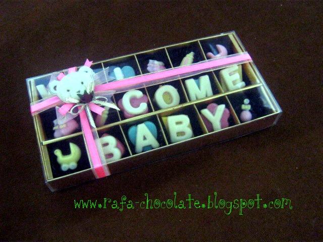 bayi harga 1 box mika dengan hiasan pita rp 35 000 warna dan kata kata