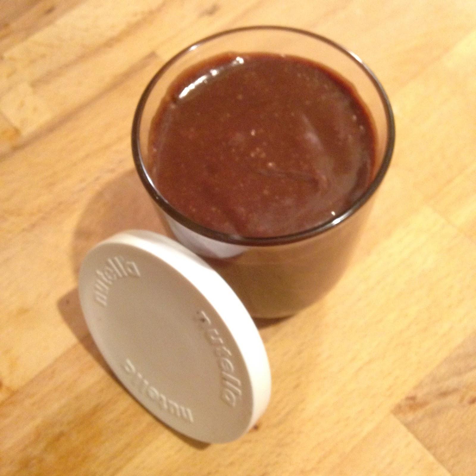 La petite cuisine de lolo nutella maison - Nutella maison lait concentre ...