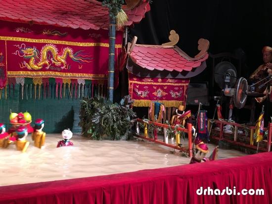 Melihat Water Puppet Theatre di Ho Chi Minh