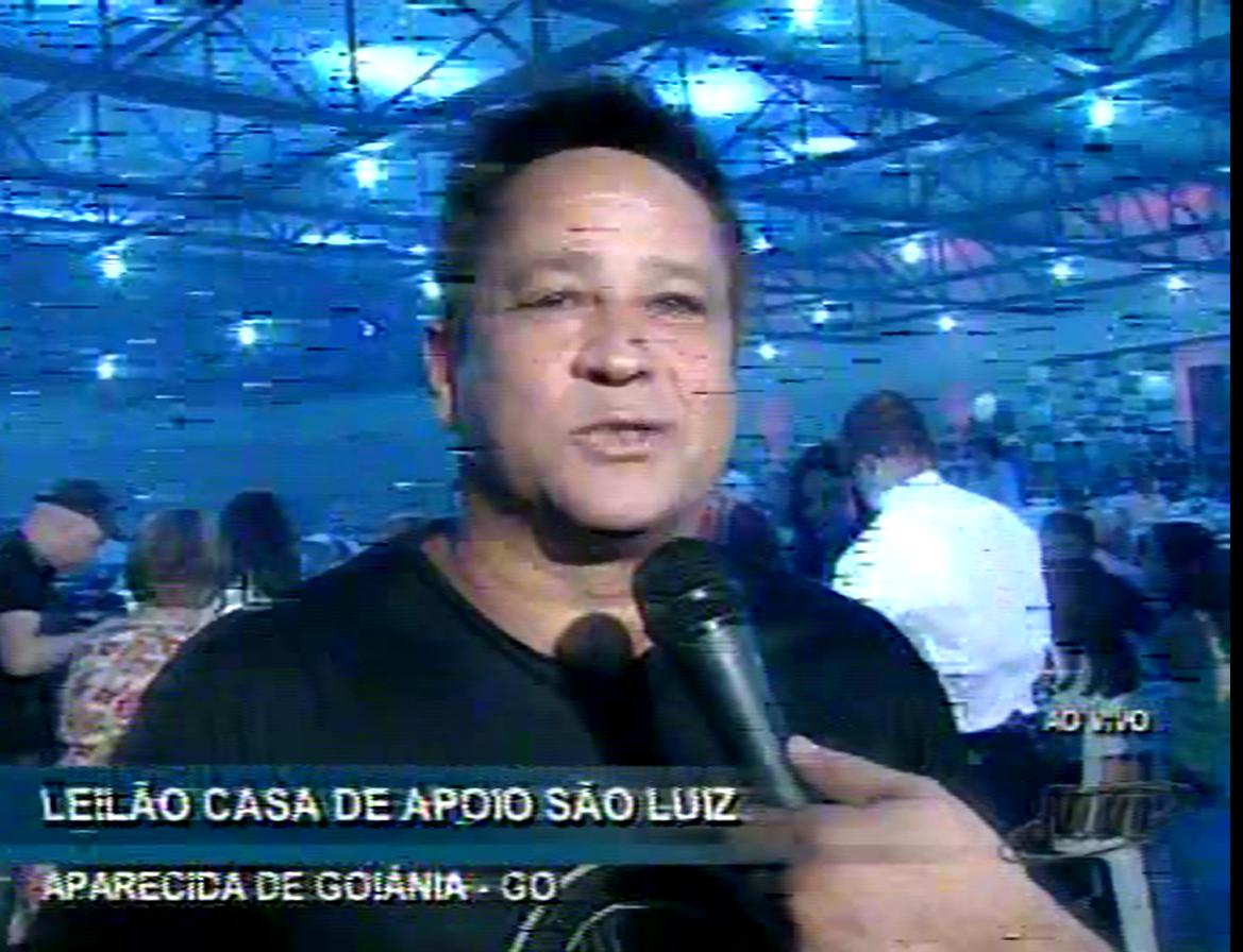 Leonardo no 14 Leilão da Casa de Apoio São Luiz. 07/10 / 2015 /GO