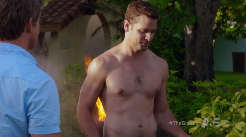 Lea Coco Shirtless in The Glades s3e04