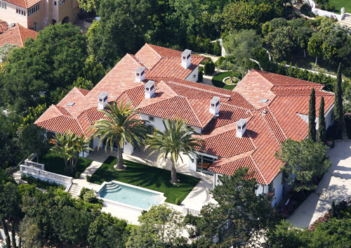 REALITY: David Beckham... David Beckham House
