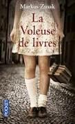 http://itzamna-librairie.blogspot.fr/2014/04/la-voleuse-de-livres-markus-zusak.html