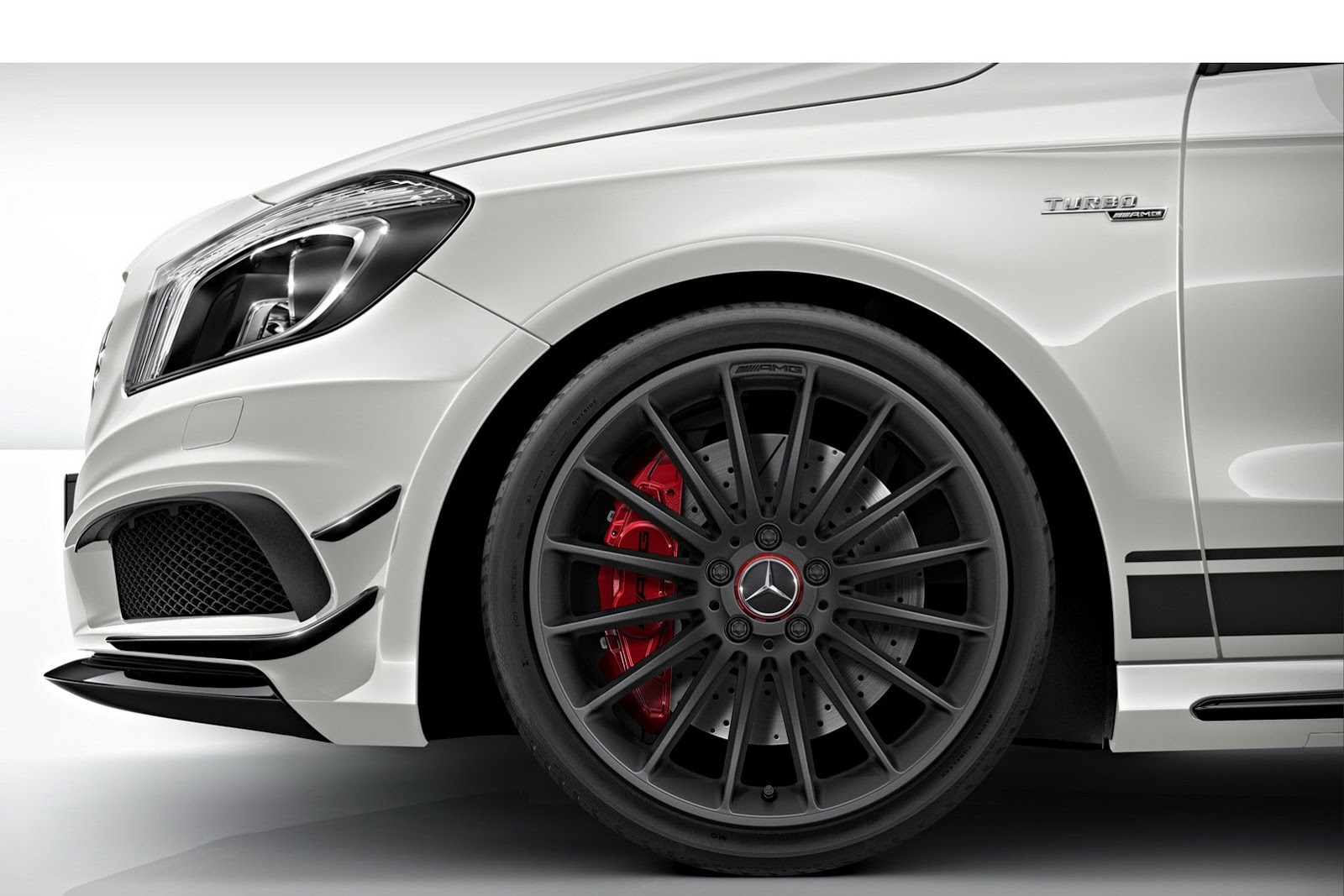 New mercedes benz a45 amg edition 1 cars sketches for Mercedes benz wheel