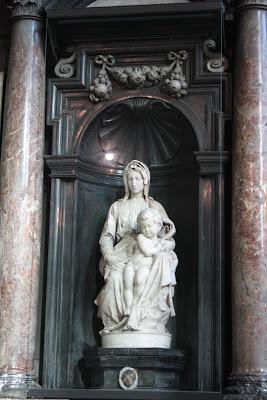 Madonna and Child, Pieta - tipsyterrier.blogspot.com