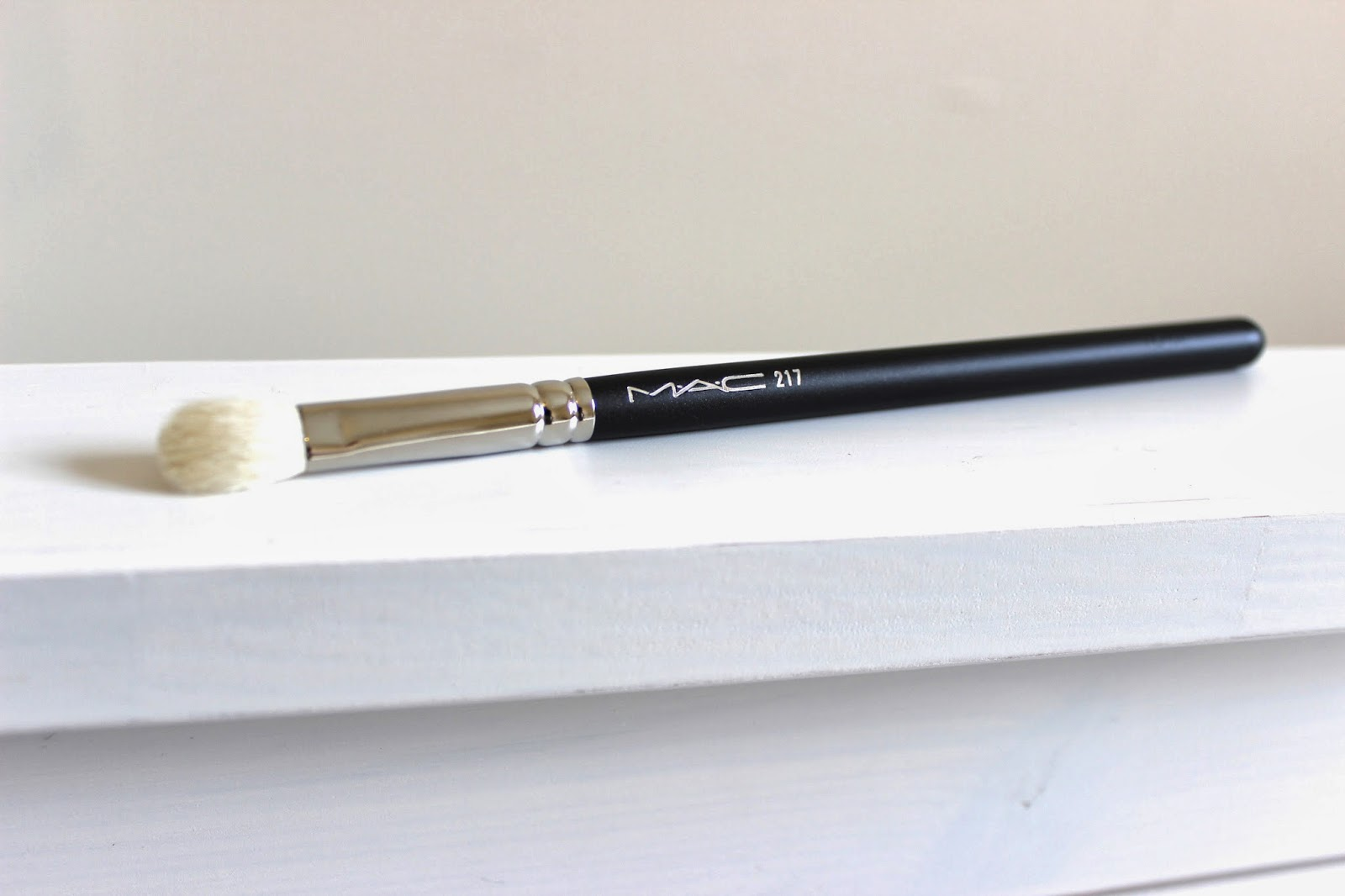 mac 217 brush