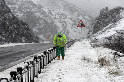 >Parts of Highland Scotland & N Pennines Of England Waken To Snow