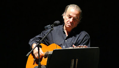 Músico Oscar Chávez