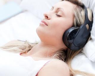 Akibat Tidur Sambil Mendengarkan Musik
