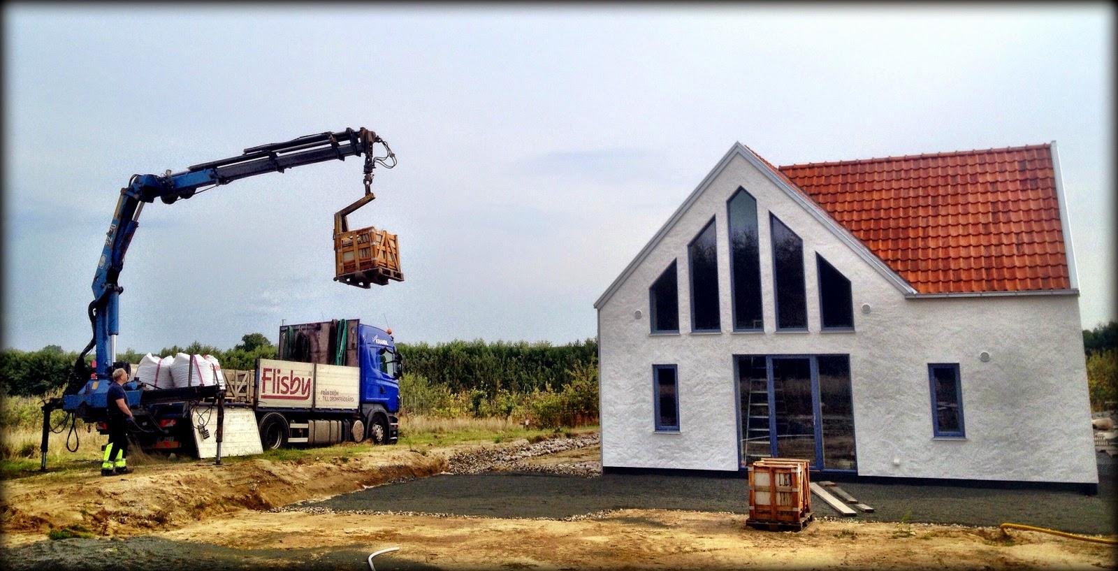 Villa Natura ekologiskt hus Österlen projektledare sandsten tegel terrass