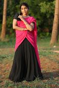 Rashmi Goutham sizzling pics-thumbnail-16