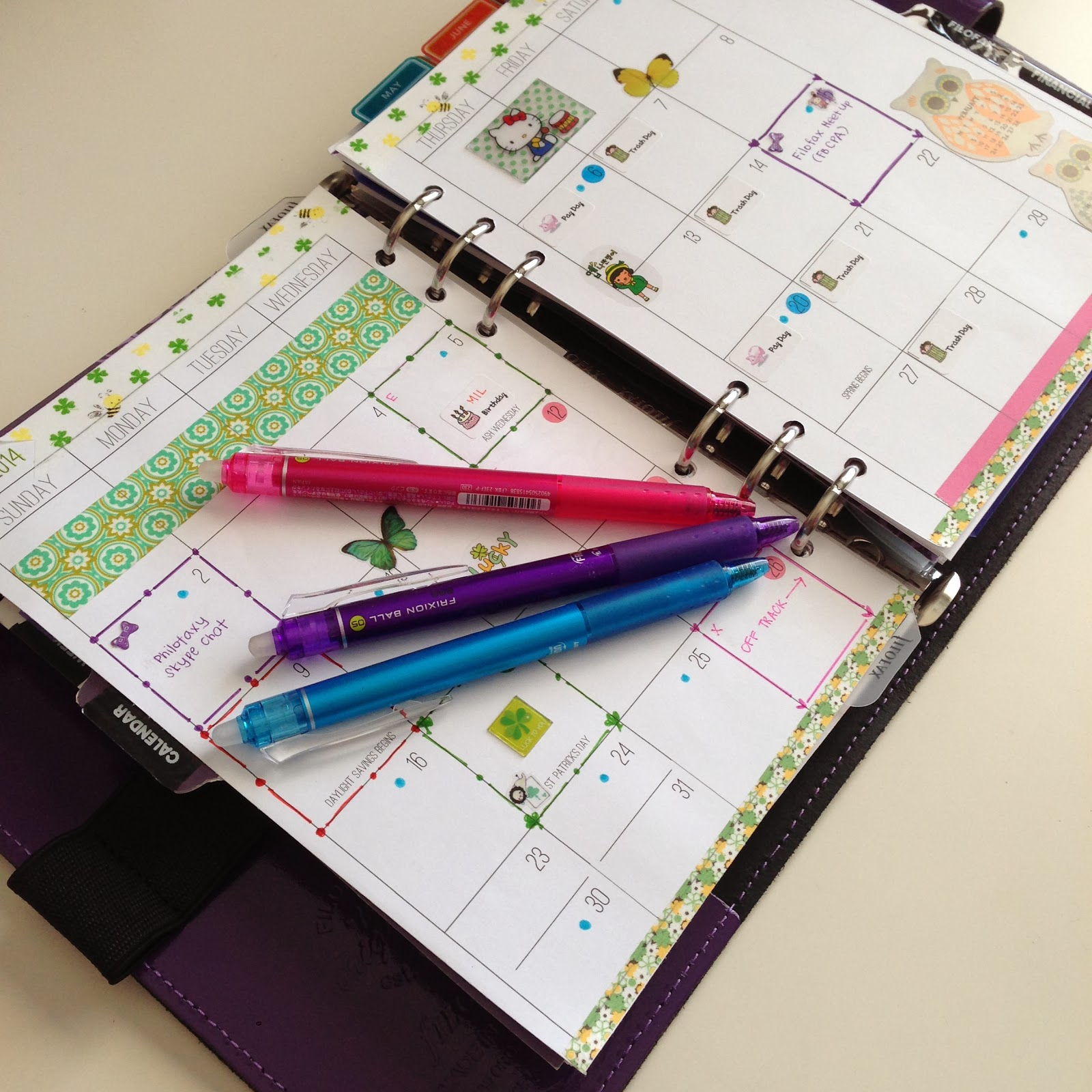 my 2014 monthly calendar set up in my filofax