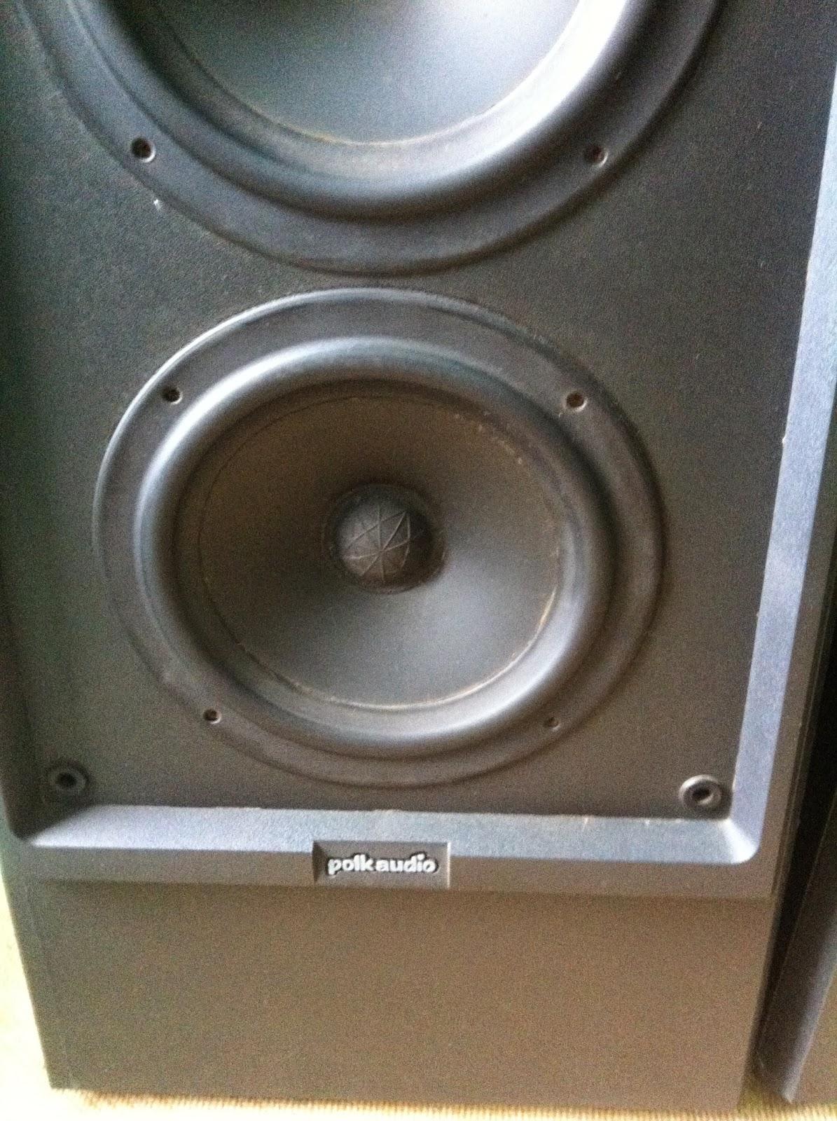 Cận cảnh loa Bass Polk Audio LS90