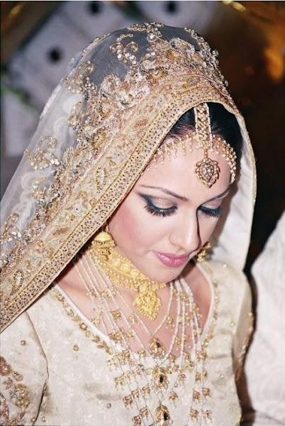 Bridal-Dress