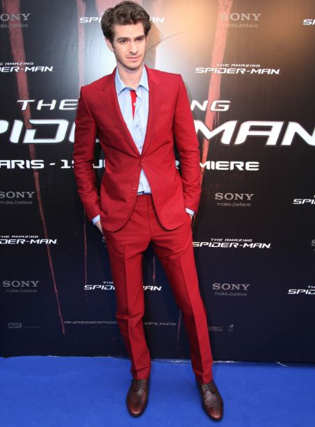 Andrew Garfield in red suit