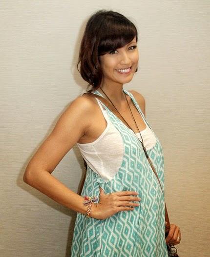 Biodata artis Sharena Rizki