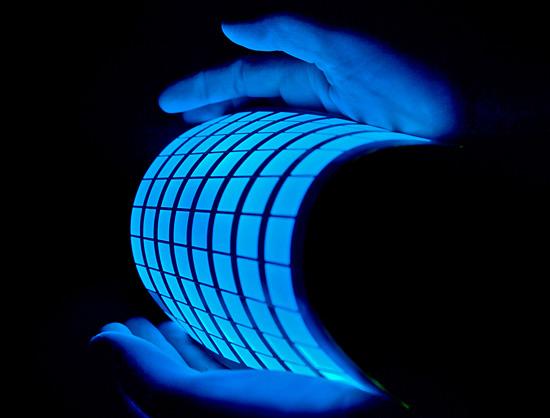 تكنولوجيا الشاشات القابله للثني(OLED)