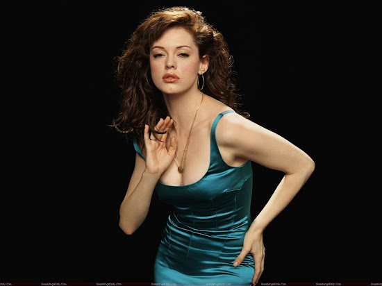 Rose McGowan Hollywood Celebrity Wallpaper