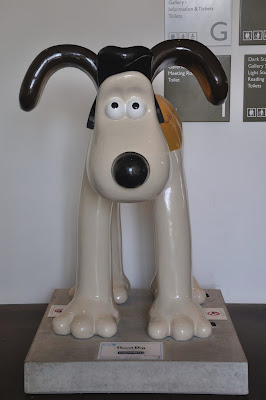 Hound Dog Gromit (front view)
