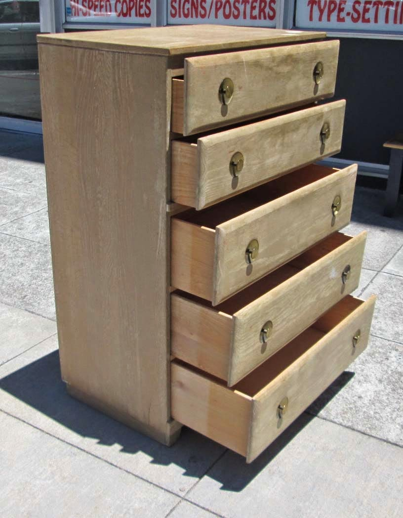 Uhuru Furniture Amp Collectibles Sold Solid Wood Vintage Chest Of Drawers With Original Hardware