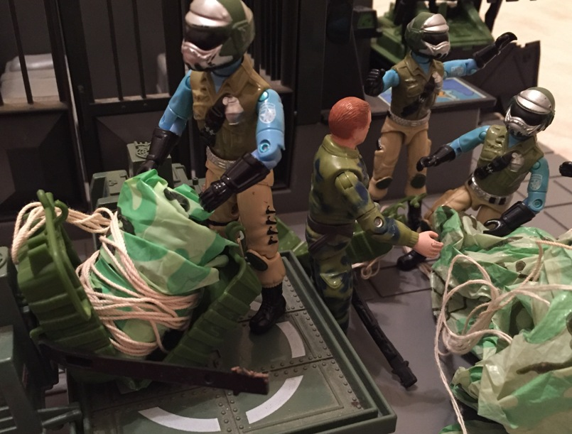 1985 Parachute Pack, Mail Away, Variant, Steel Brigade, G.I. Joe HQ, Headquarters, JUMP, Fuego, Ripcord, Plastirama, Argentina