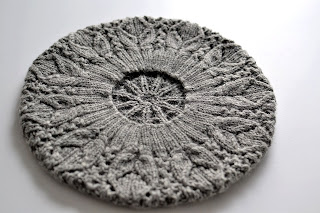 Converting Knitting Pattern To In The Round : KNITTING A FLAT CIRCLE Free Knitting Projects