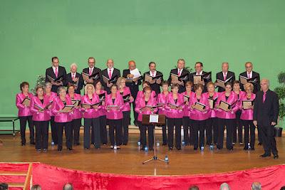 "Coro ""La Reana"" VIII encuentros musicales coro rubagón barruelo de santullan"