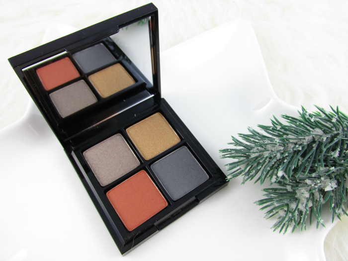 Review: glo minerals Eye Shadow Quad Spellbound - Limited Edition