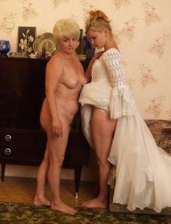 Hot Girl Naked - 339927901.jpg