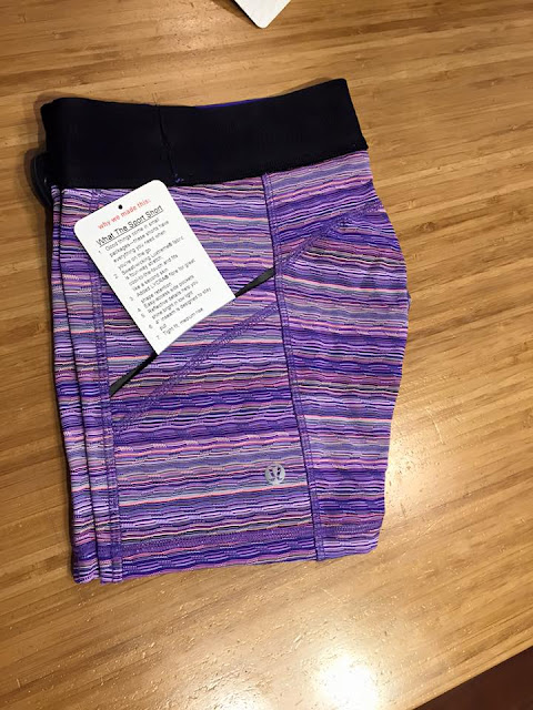 lululemon-space-dye-twist iris-flower inspire-tight