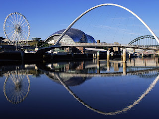 Gateshead Millennium Bridge, England Wallpapers