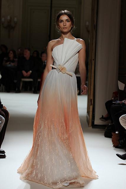جورج حبيقه - Georges Hobeika Couture Spring Summer 2012 98.jpg