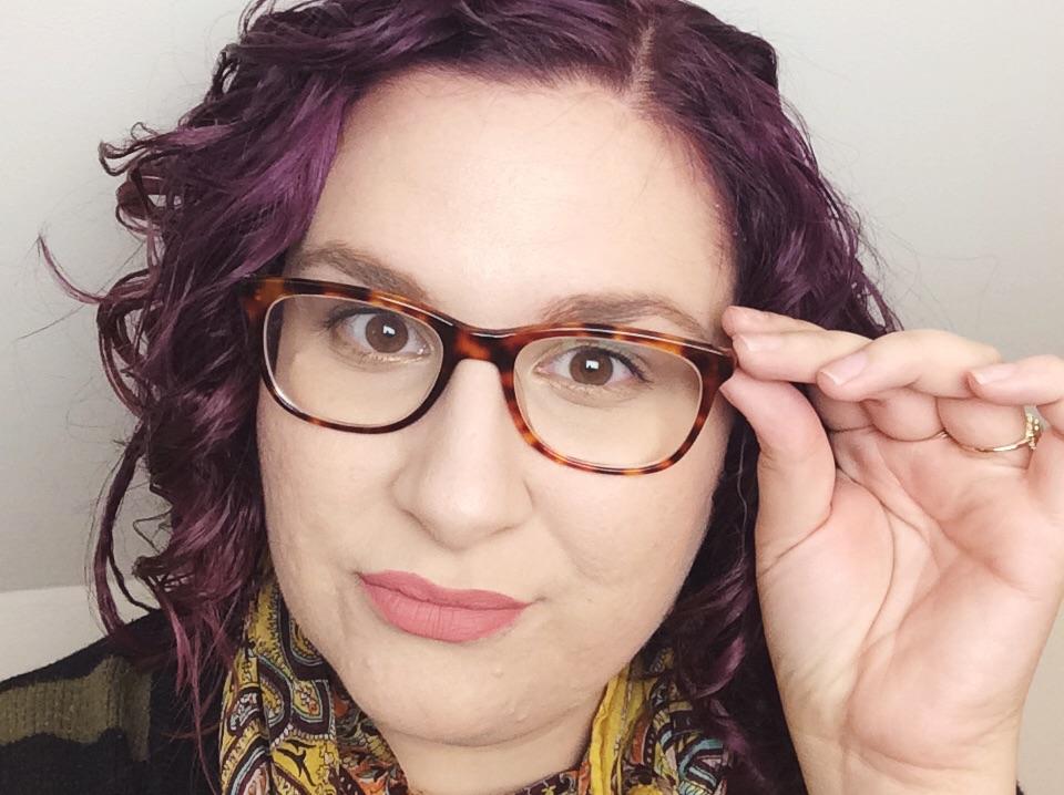 Drew Barrymore designs new glasses range for Asda ...