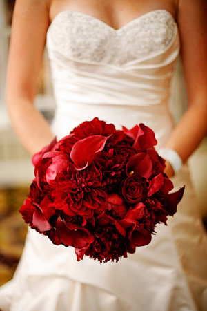Canada Floral Delivery Blog: Your Wedding Bouquet