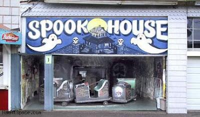 http://2.bp.blogspot.com/-8KZe70n9aZY/T3CJAYdg-mI/AAAAAAAACcs/L5g9NWmV0xI/s400/spook+house.jpg