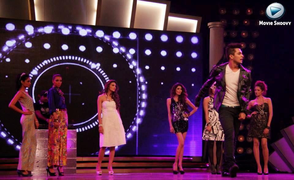 Asim Azhar aka Pakistani Justin Bieber, PASAWARDS2014, PAS Awards, 2014, Pkistan Fashion, Pakistan Showbiz, TVC, Ads, Pakistan Models