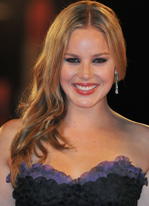 Abbie Cornish Hairstyle 2