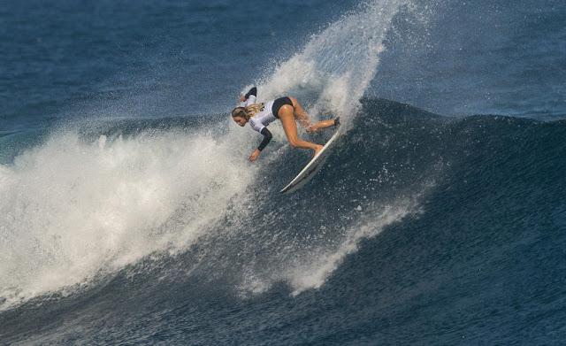 11 Laura Enever 2015 Fiji Womens Pro Fotos WSL Kirstin